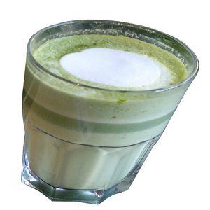 1 Glas Matcha Latte